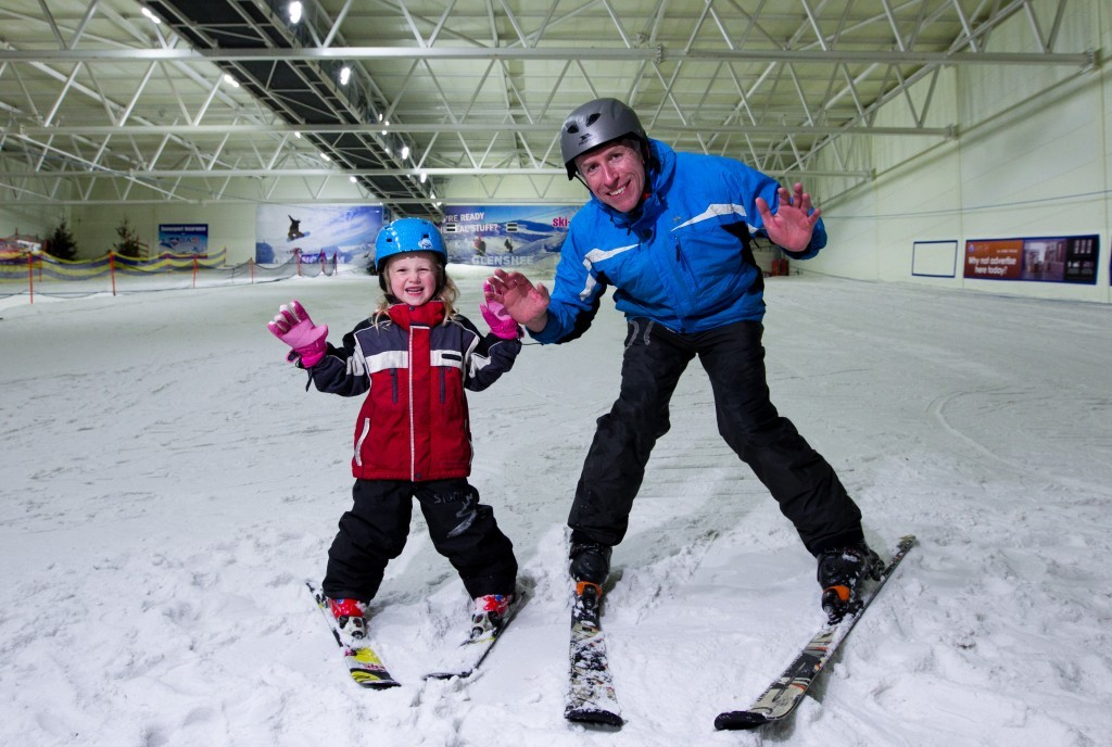 Craig and Megan all smiles on the slopes!