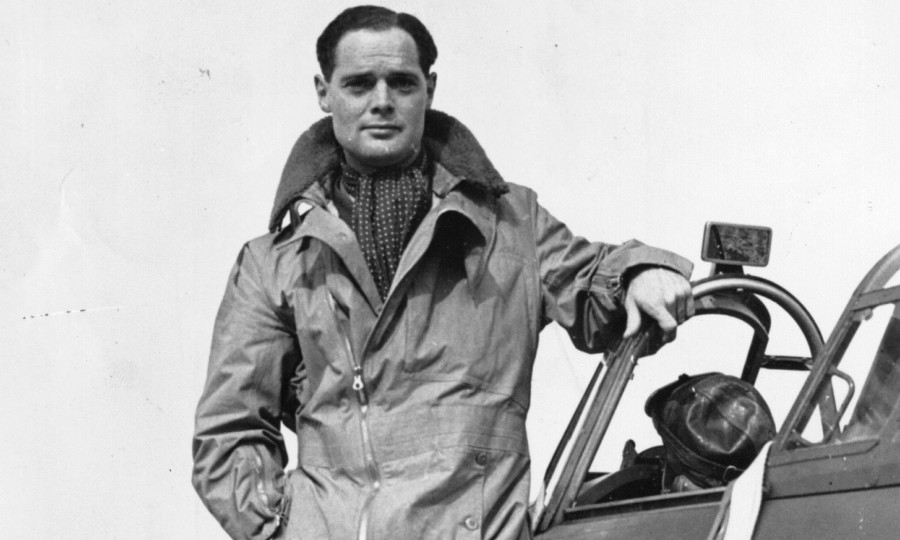 Image result for reach for the sky kenneth more as douglas bader