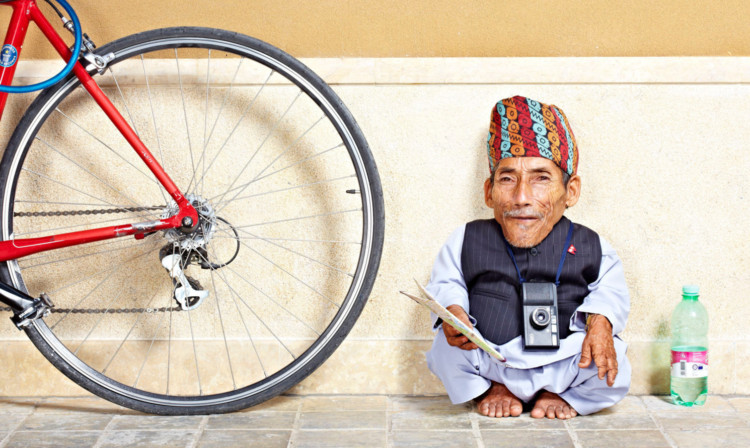 Chandra Dangi - Shortest Man.  Guinness World Records 2012 .