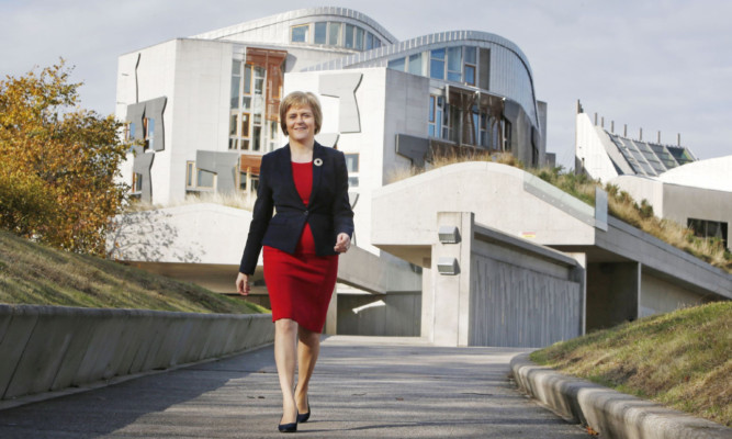 Nicola Sturgeon biography extracts: Old friends and ...
