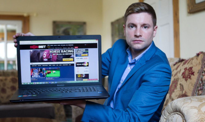 Scottish punter to sue bookmaker who refused to pay out his