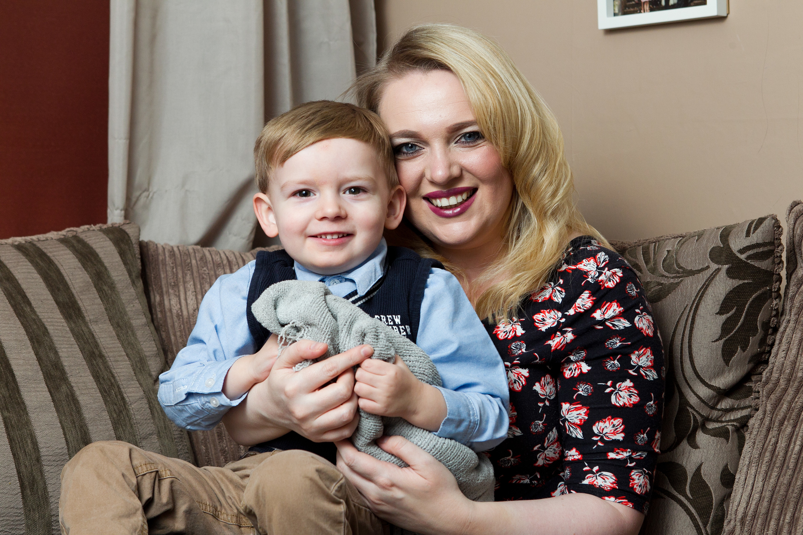 Reuben Wilson (3), and his mother Louise.  (DC Thomson / Andrew Cawley)