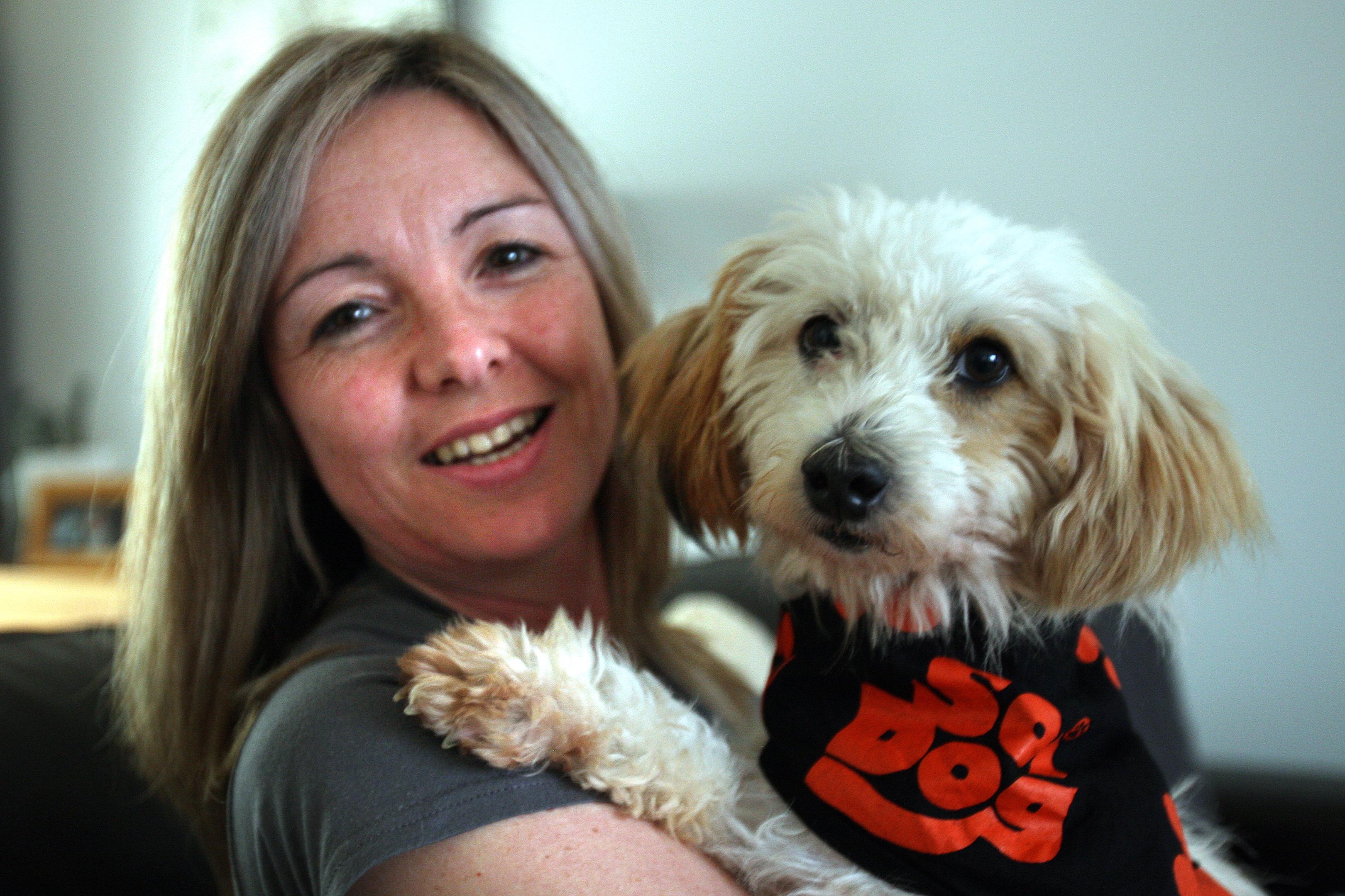 Angie Fox & dog Indi (Kris Miller)