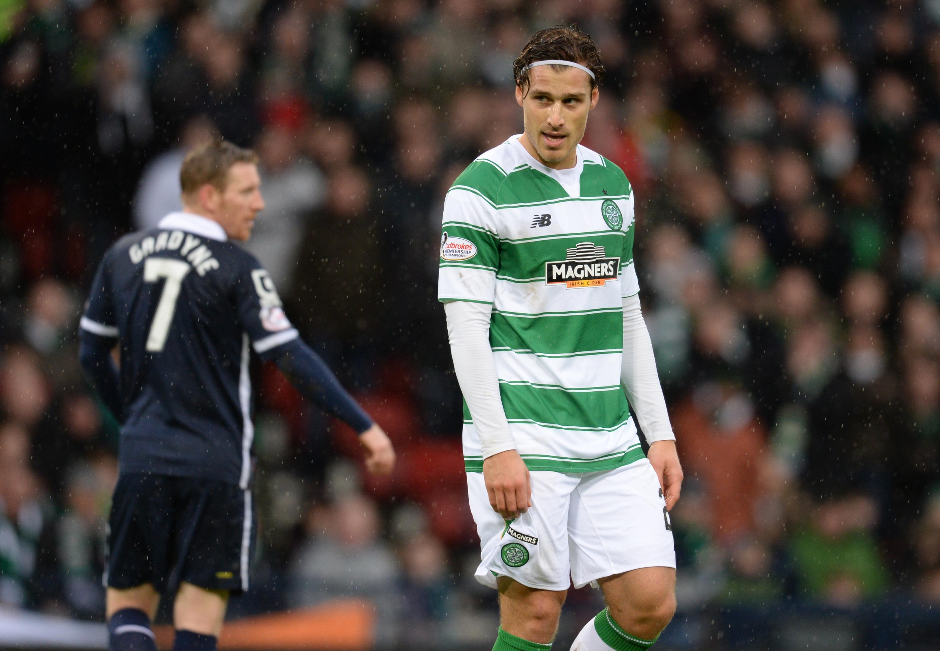 Erik Sviatchenko makes his debut for Celtic (SNS Group)