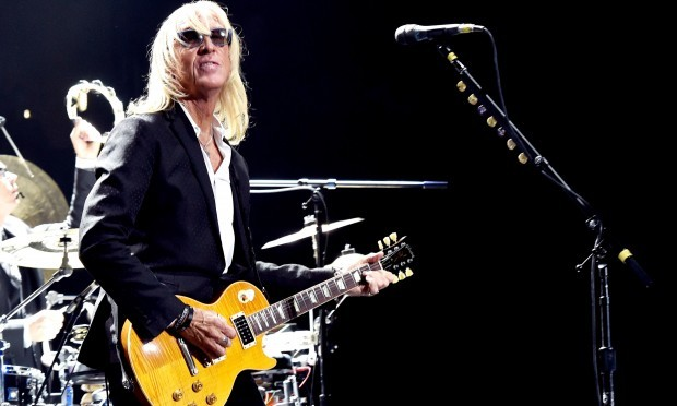 Davey Johnstone performs with Elton John at the Staples Center, LA (Kevin Winter/Getty Images)