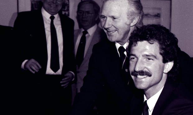 Rangers chairman David Holmes (left) unveils Graeme Souness as the new Rangers Manager, 1986
