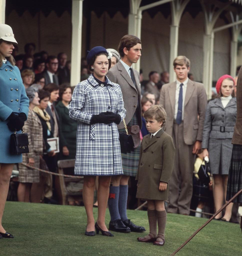 Assorted members of the Queen's family face in different directions for no apparent reason at Braemar (Getty Images)