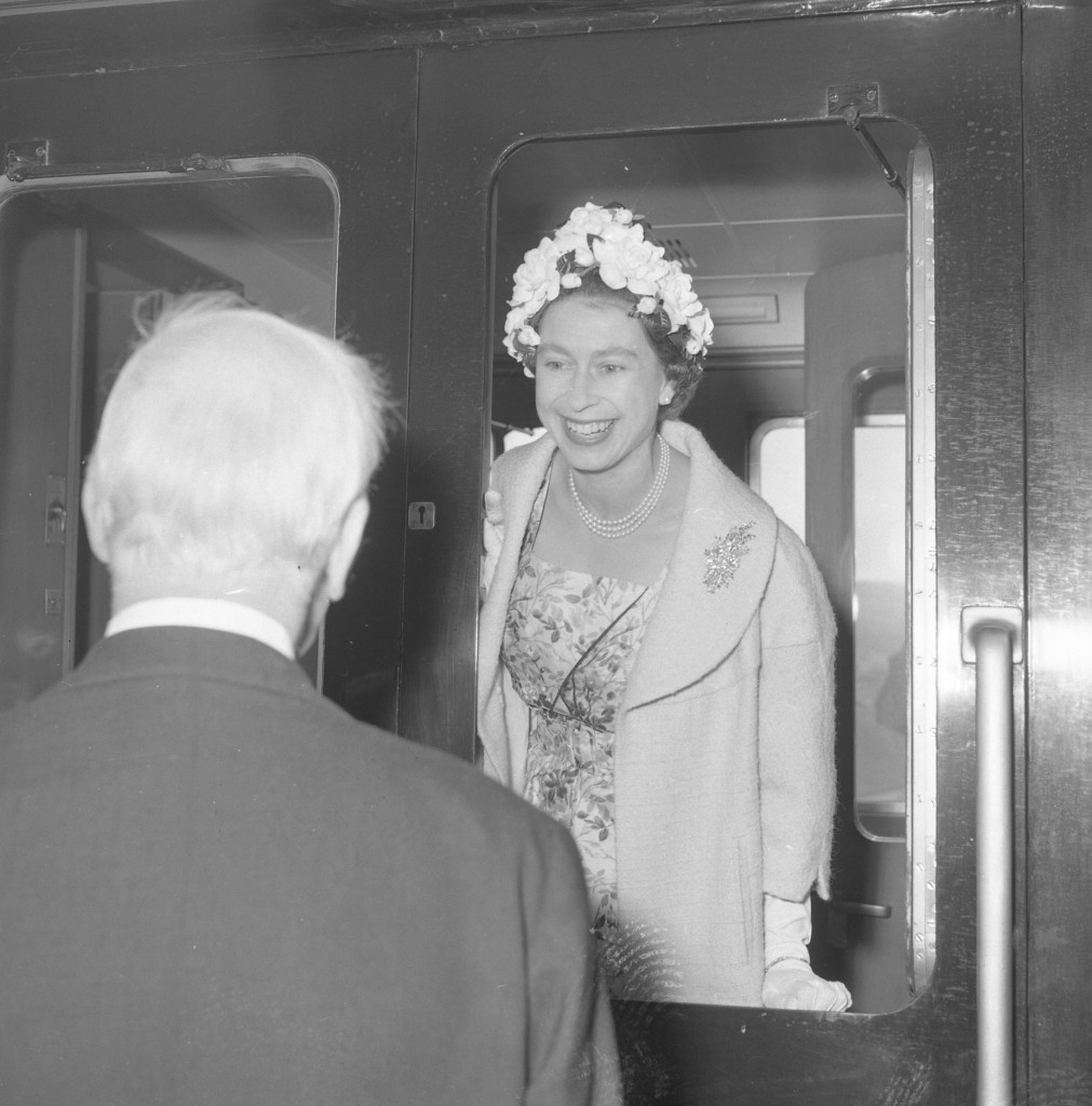 The Queen is all smiles as she chats to a gentleman during a royal visit to Fife in 1961(DC Thomson)