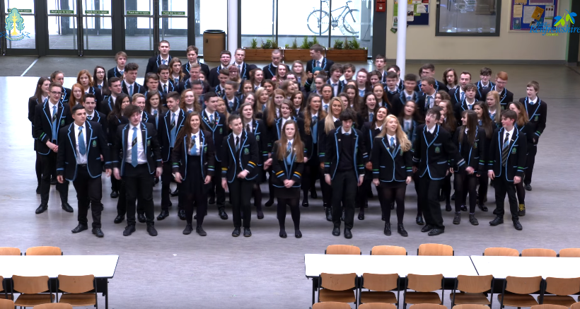 Williamwood High pupils (Class of 2016 / YouTube)