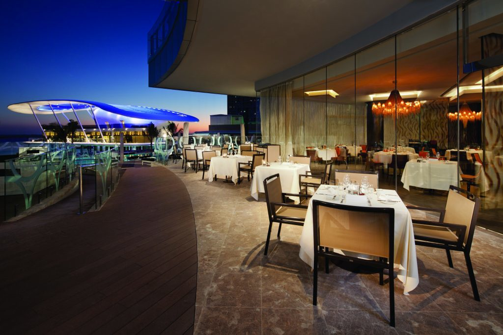 Jumeirah at Etihad Towers - BiCE - Terrace