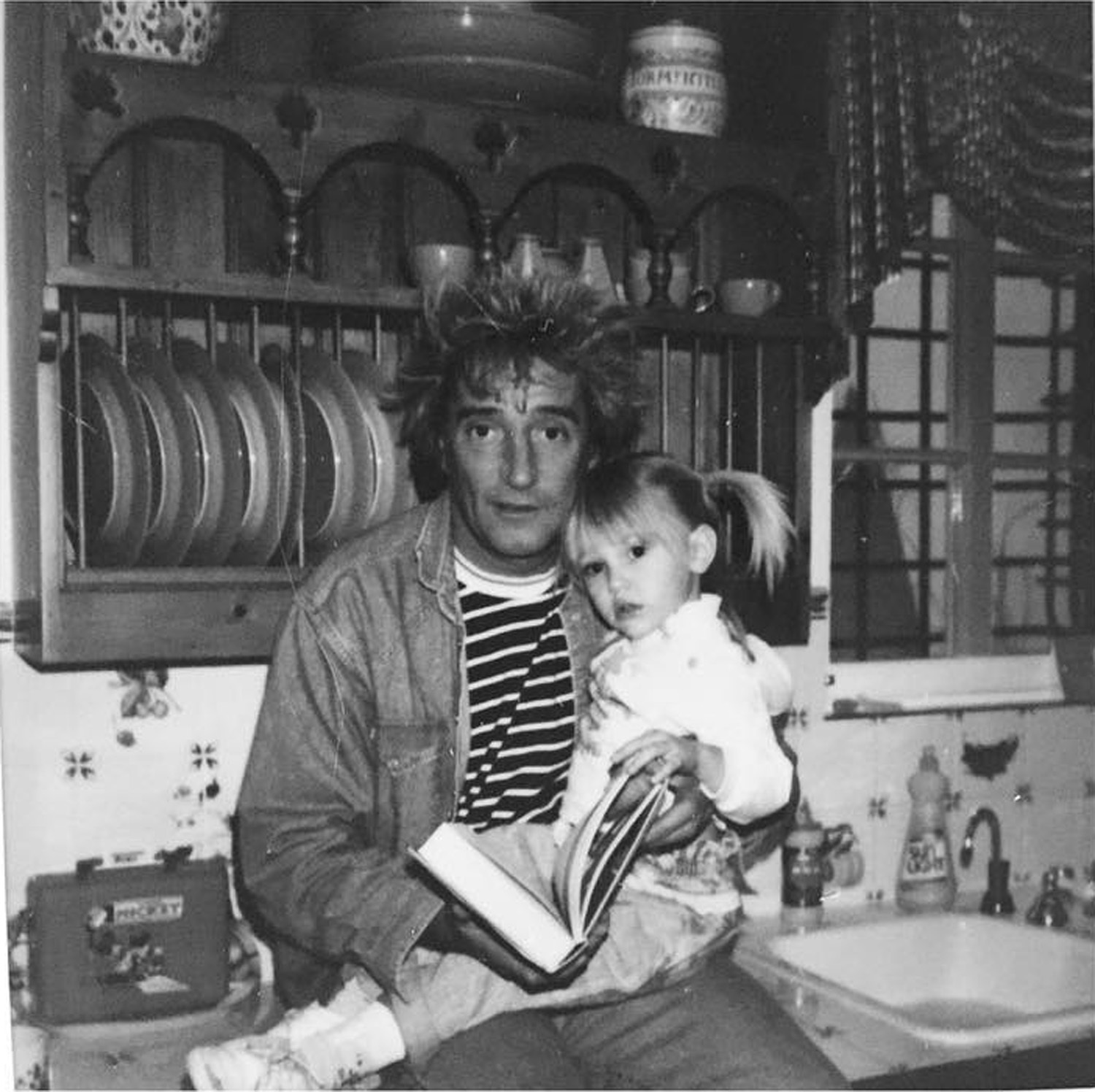 Ruby with father Rod Stewart