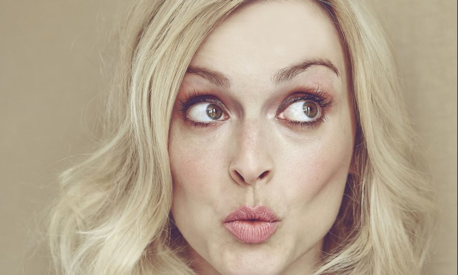 fearne cotton balances motherhood with work writing a. Black Bedroom Furniture Sets. Home Design Ideas