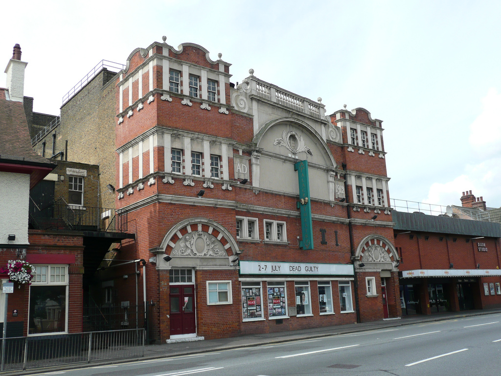 Palace Theatre in Westcliff-On-Sea