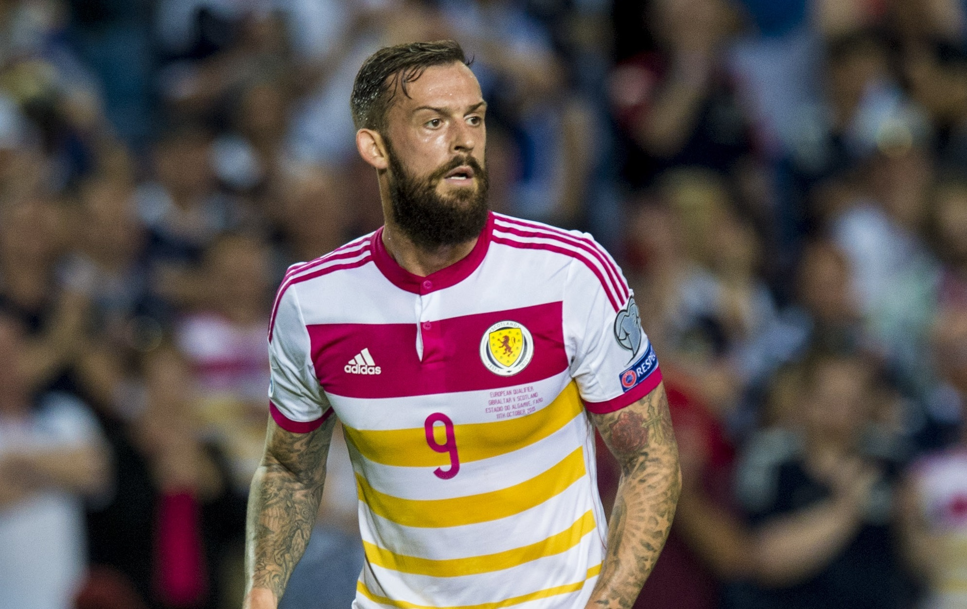 Steven Fletcher in action for Scotland (SNS Group)