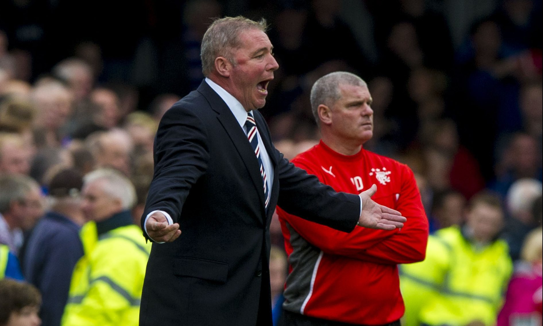 Durrant (right) with McCoist on the touchline (SNS Group)