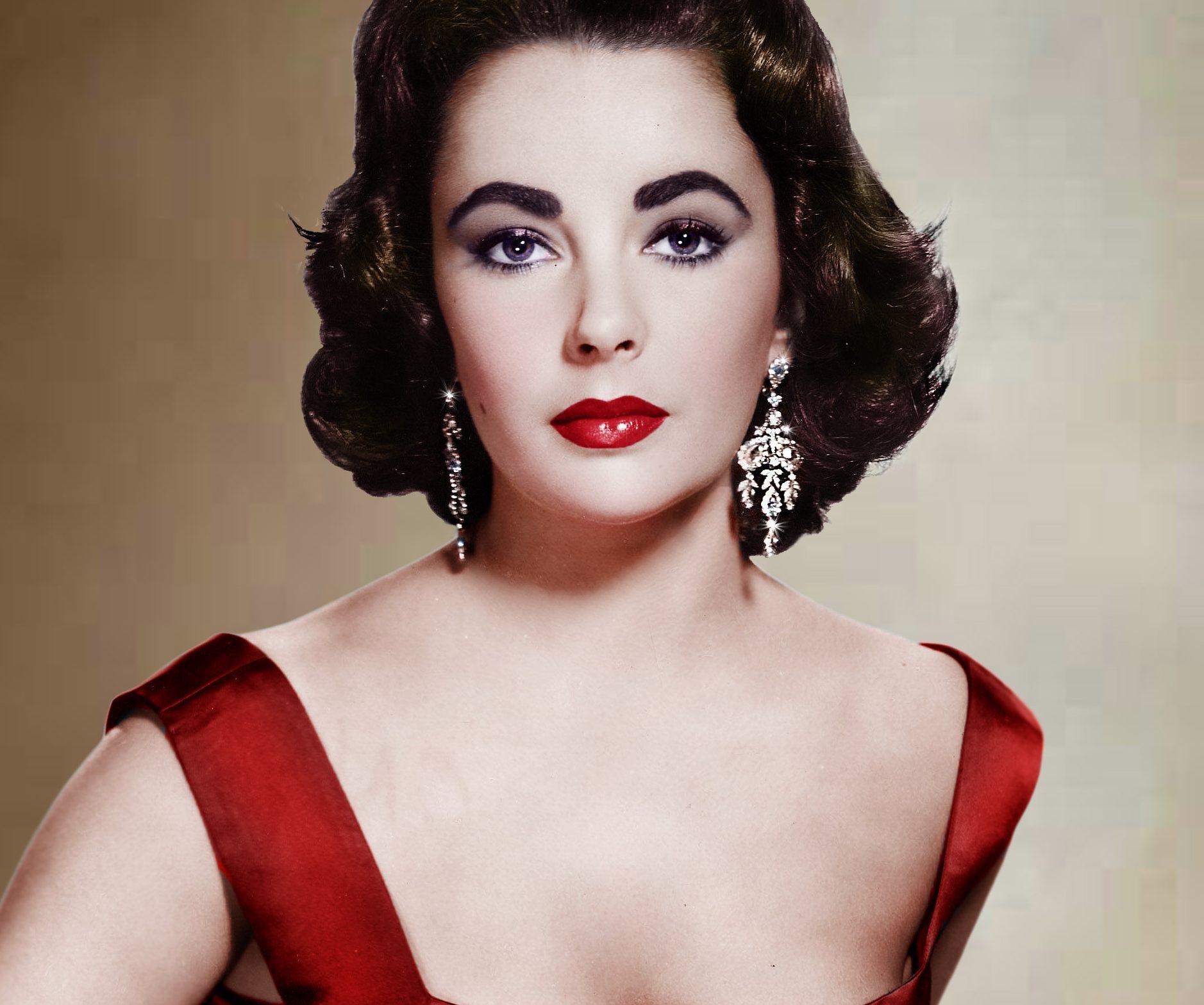 Elizabeth Taylor in red