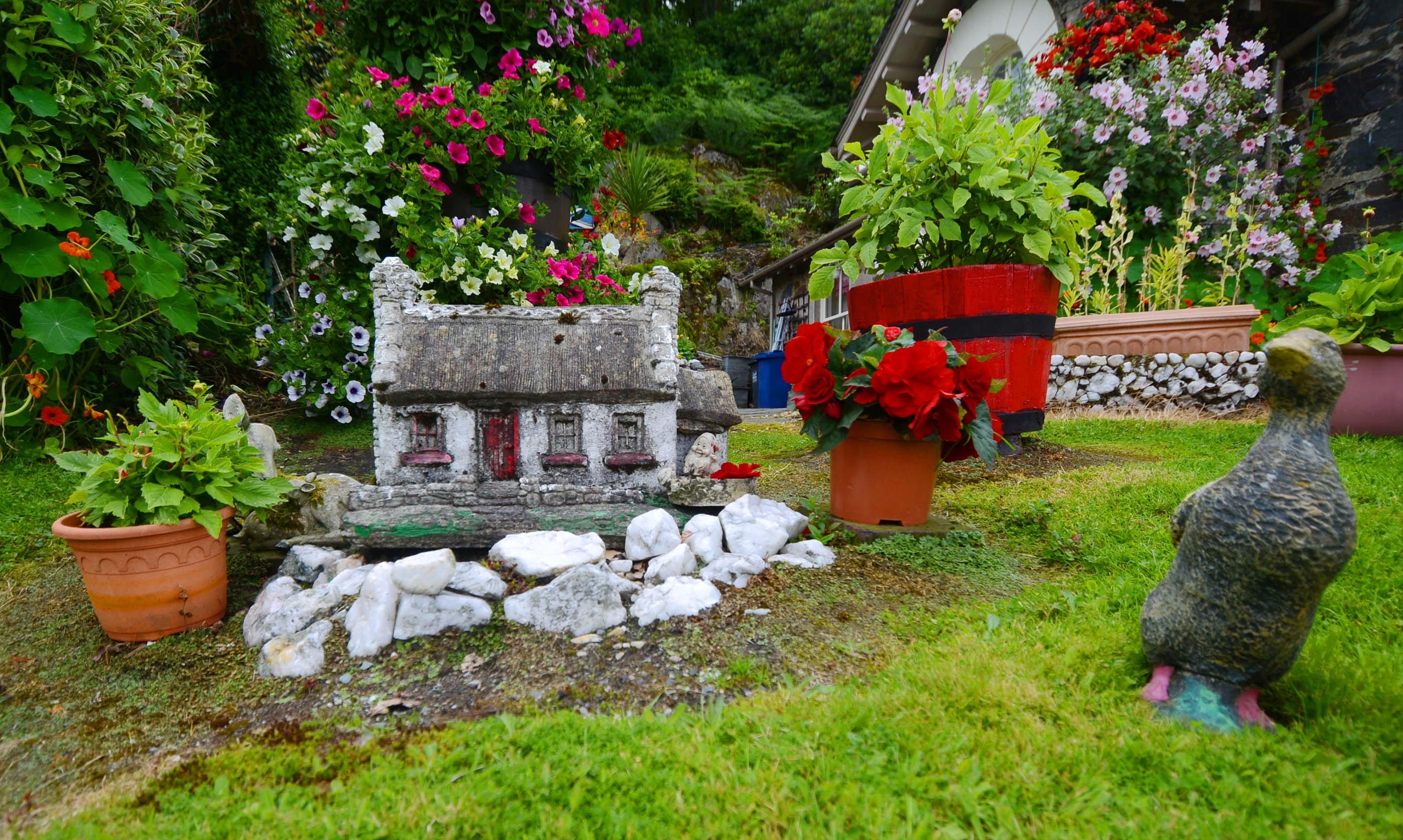 Rabbie Burns' stunning garden overlooking Loch Lomond, near the village of Luss