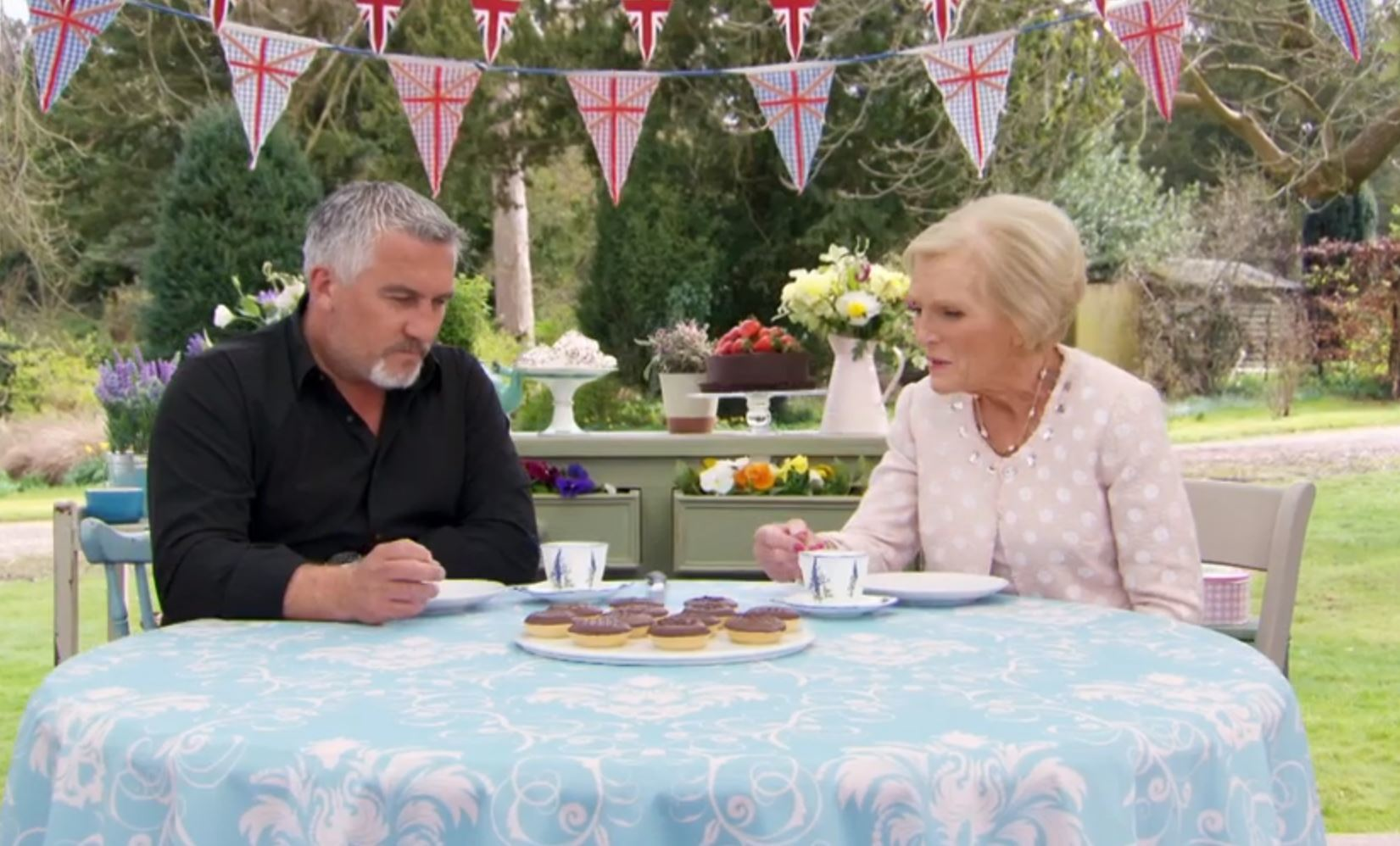Paul and Mary disagreed on jaffa cake tea dunking, on The Great British Bake Off (BBC)