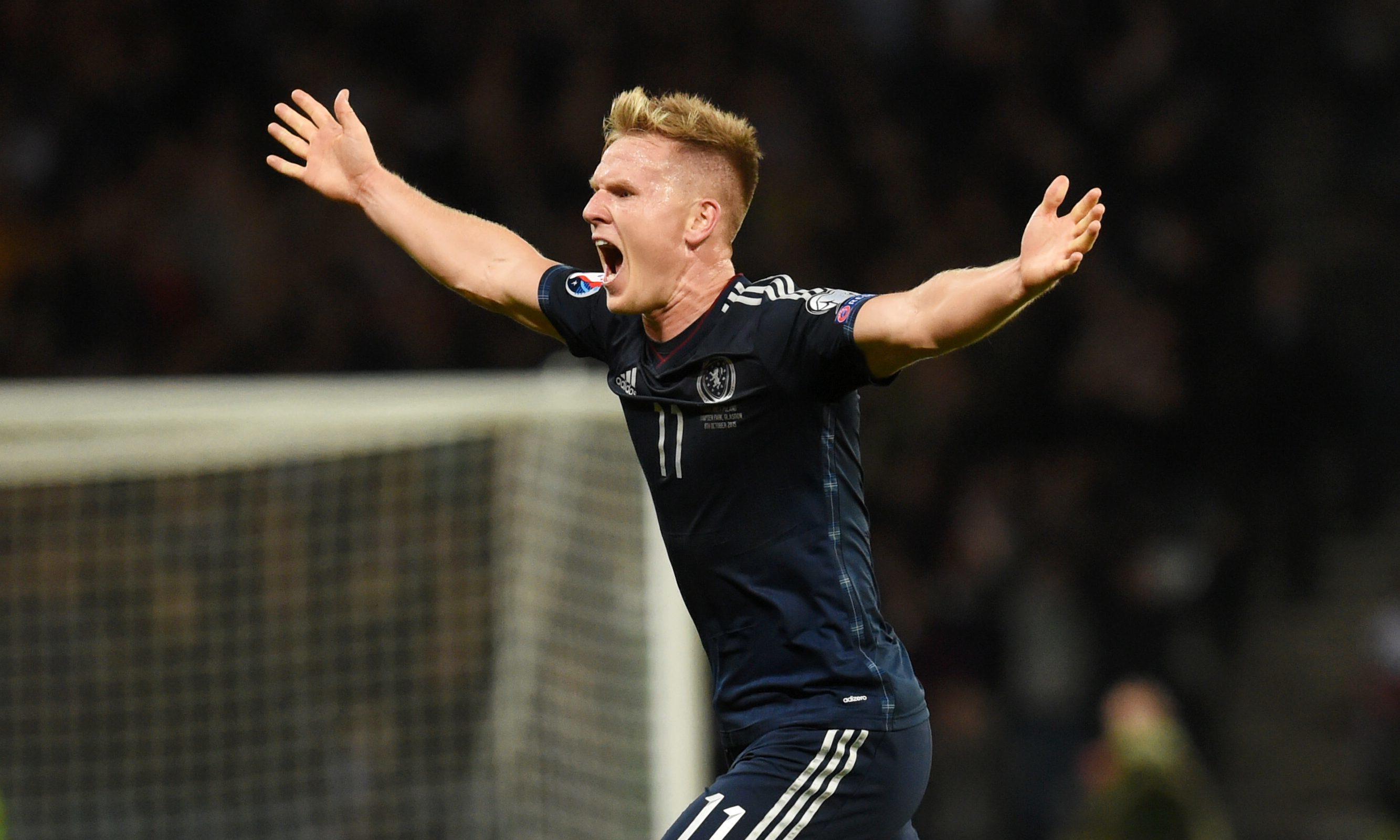 Scotland's Matt Ritchie celebrates scoring against Poland at Hampden (SNS Group / Craig Foy)