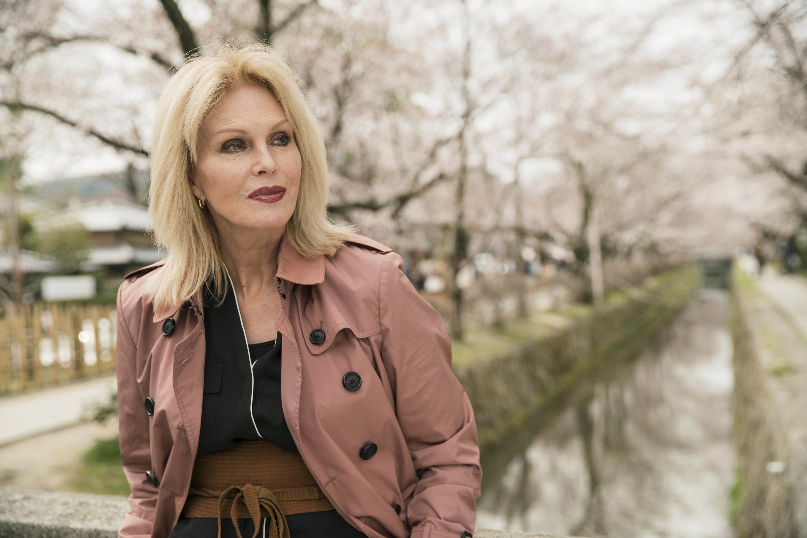 Joanna Lumley on her visit to Japan (Burning Bright Production / ITV)