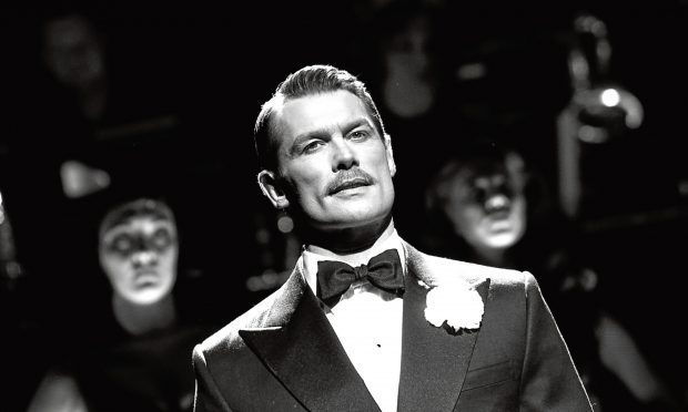 John Partridge as 'Billy Flynn' (Catherine Ashmore)