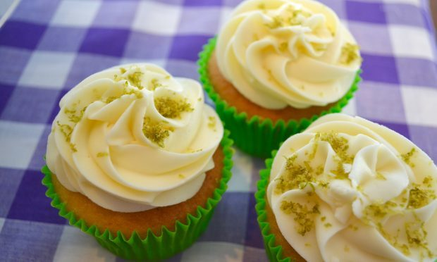 Jo Gale's gin and tonic cupcakes