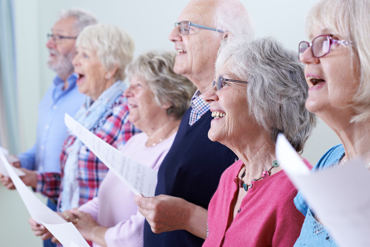 Sing Christmas carols to help improve your breathing (Getty)