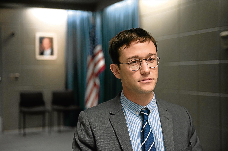 Joseph as Edward Snowden  (Allstar/ENDGAME ENTERTAINMENT)