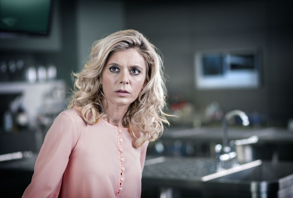 silent witness star emilia fox loves that the show keeps. Black Bedroom Furniture Sets. Home Design Ideas