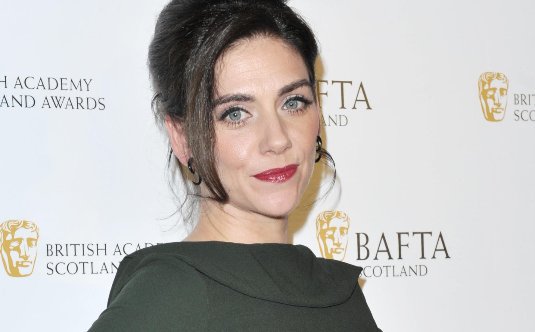 Neve McIntosh Nude Photos 41