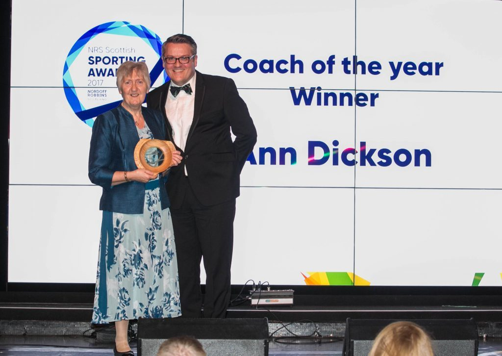 Ann Dickson recieves Coach of the Year award from Sunday Post Editor Richard Prest (Chris Austin / DC Thomson)