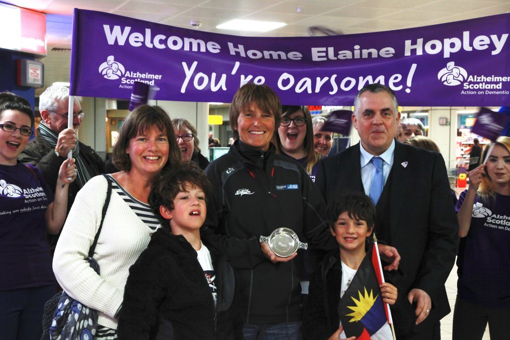 Elaine and family with Henry Simmons (Alzheimer Scotland)