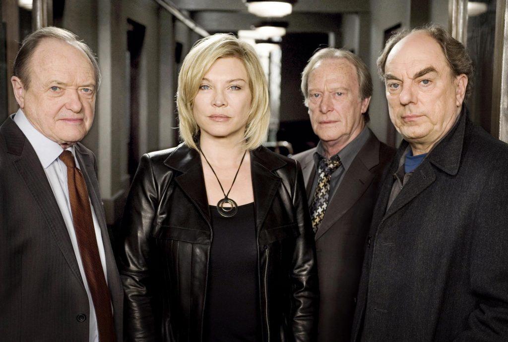 Amanda and her New Tricks castmates, 2009 (PA Photo/BBC)