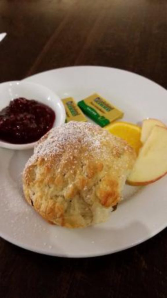 scone-and-jam-with-fruit_19104795
