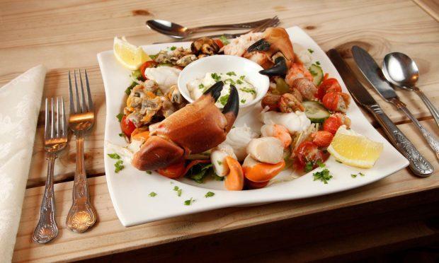seafood-platter-oransay-inn_18073764