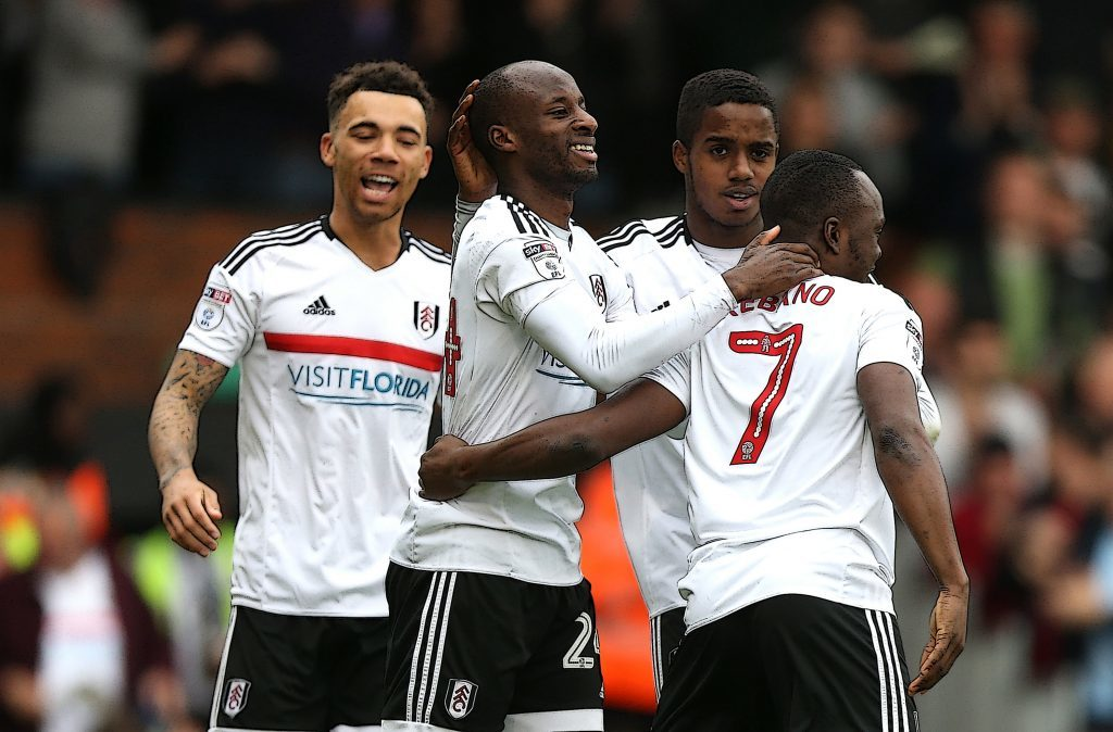Sone Aluko of Fulham celebrates with team mates (Alex Pantling/Getty Images)