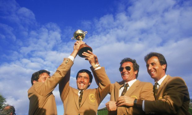 Spanish golfers Severiano Ballesteros, Manuel Pinero, Jose Maria Canizares and Jose Rivero of the European team win the Ryder Cup at The Belfry in Wishaw, Warwickshire, September 1985. (Getty Images)
