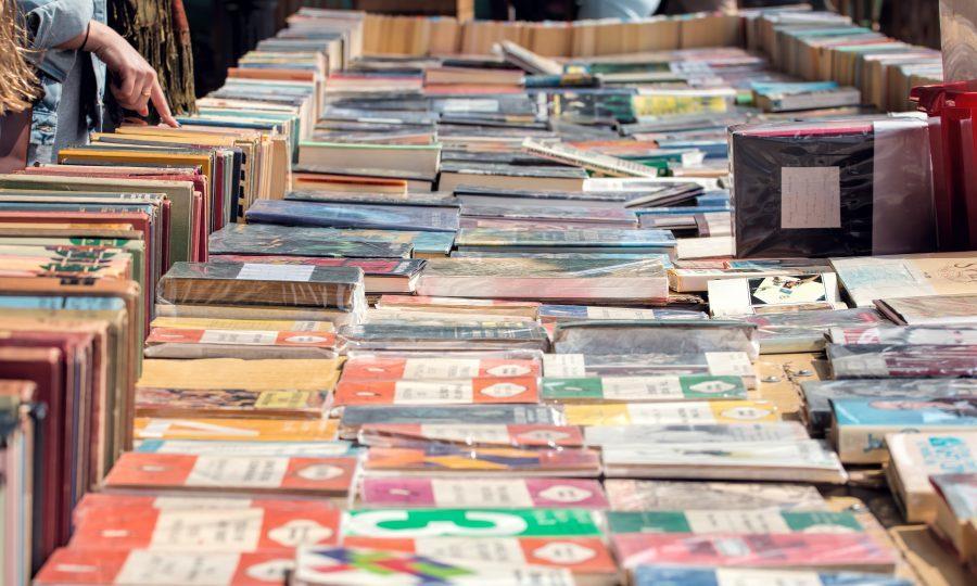 Book market (iStock)