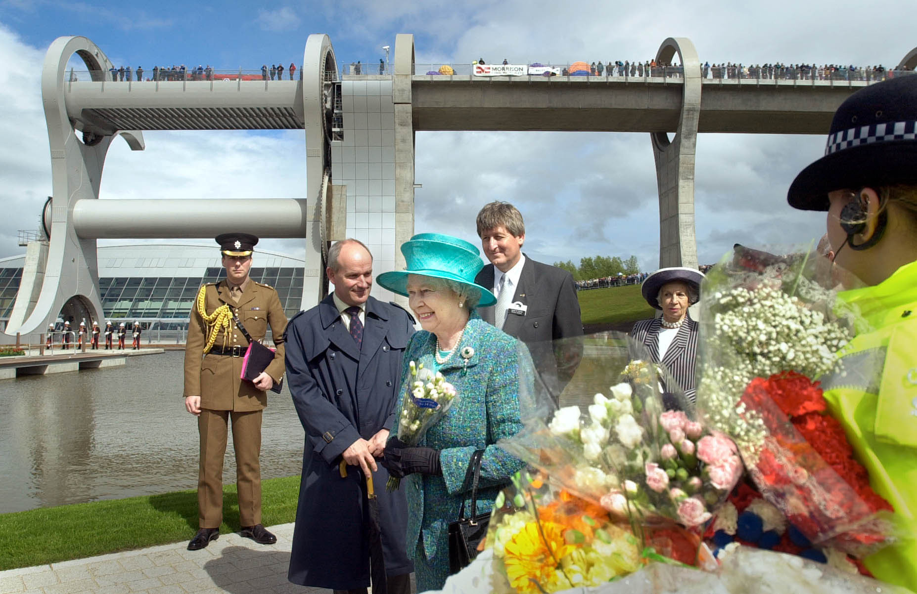The Queen tours and officially opens the site of the Falkirk Wheel (Ben Curtis WPA/Rota)