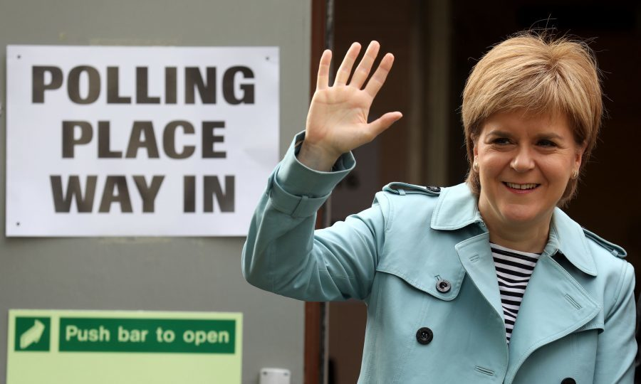 Voters face straightforward choice between SNP and Tories - Nicola Sturgeon