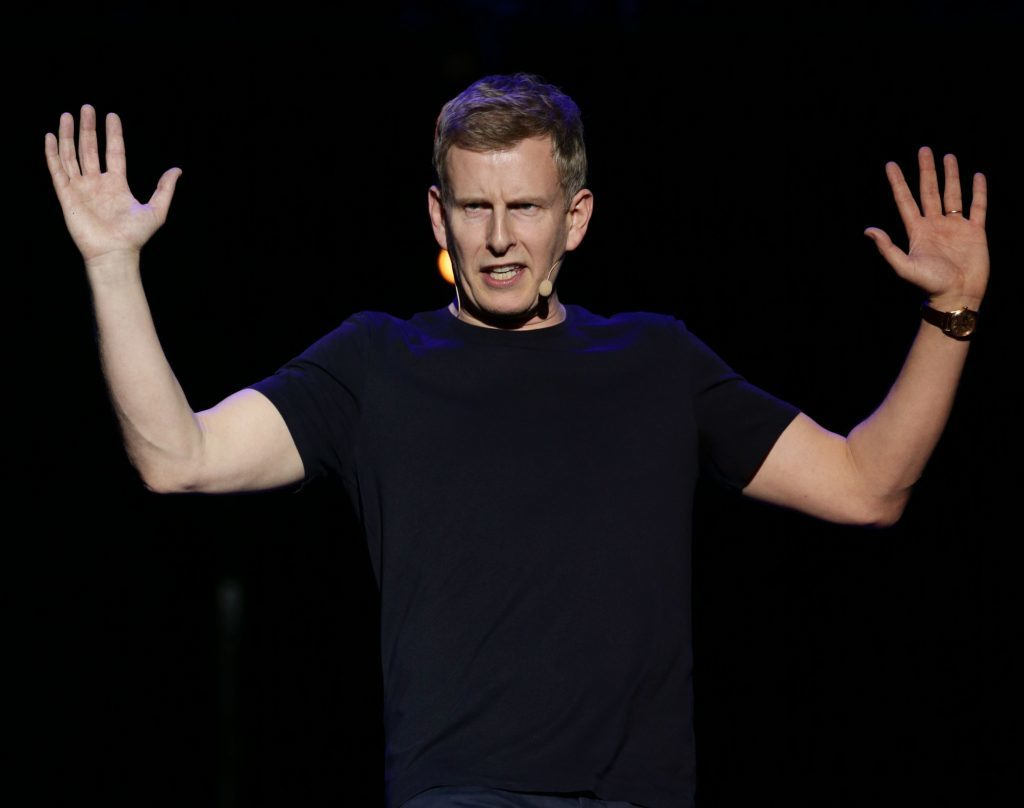 Patrick Kielty performing on stage (Yui Mok / PA Wire)