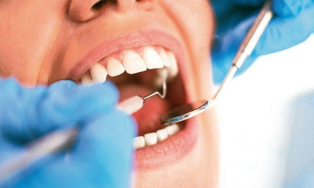 Dentist (iStock)