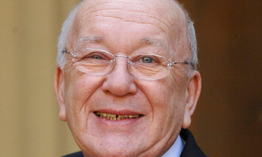 Corrie star Roy Barraclough has died, aged 81, after a short illness
