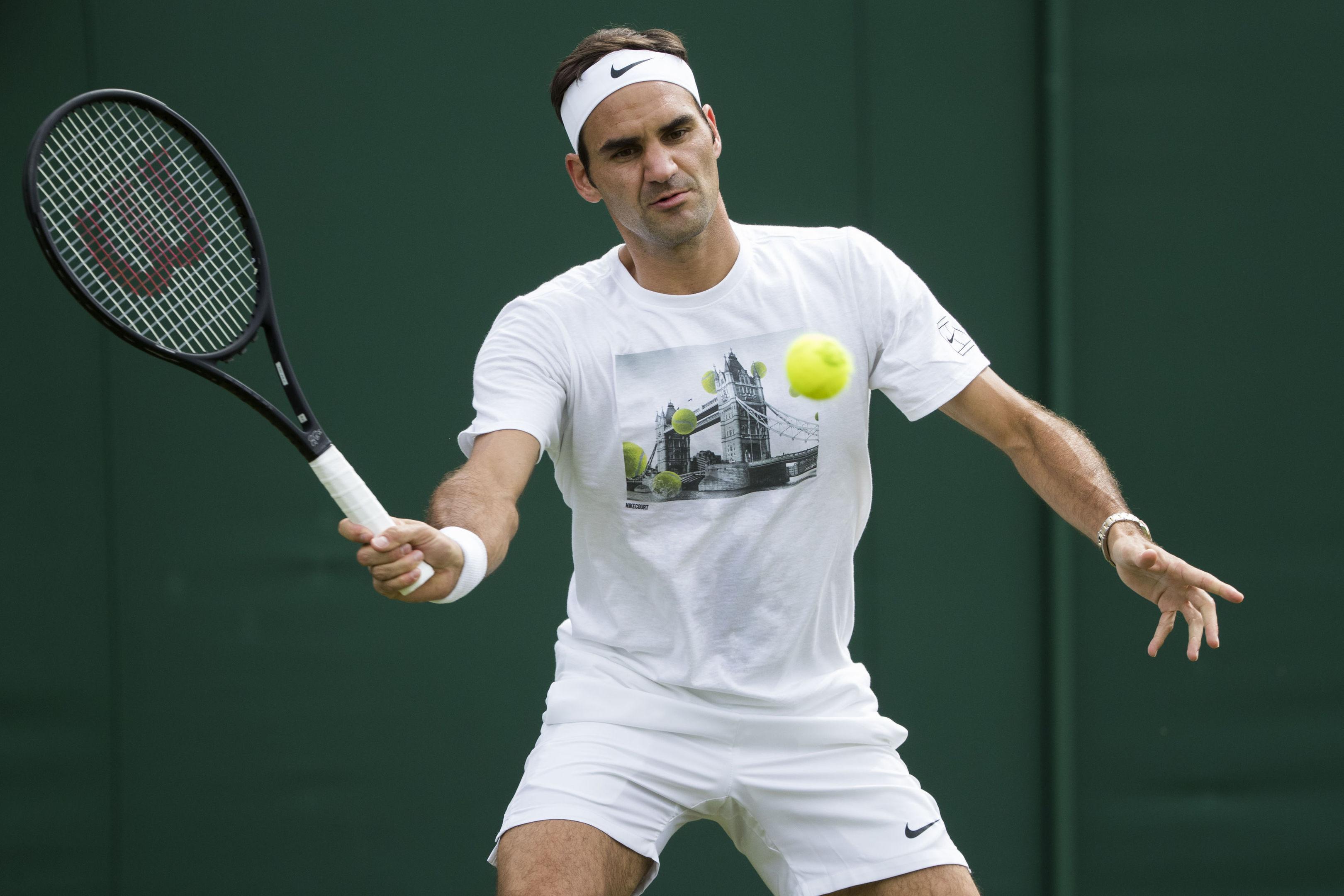 Roger Federer (Peter Klaunzer/Keystone via AP)
