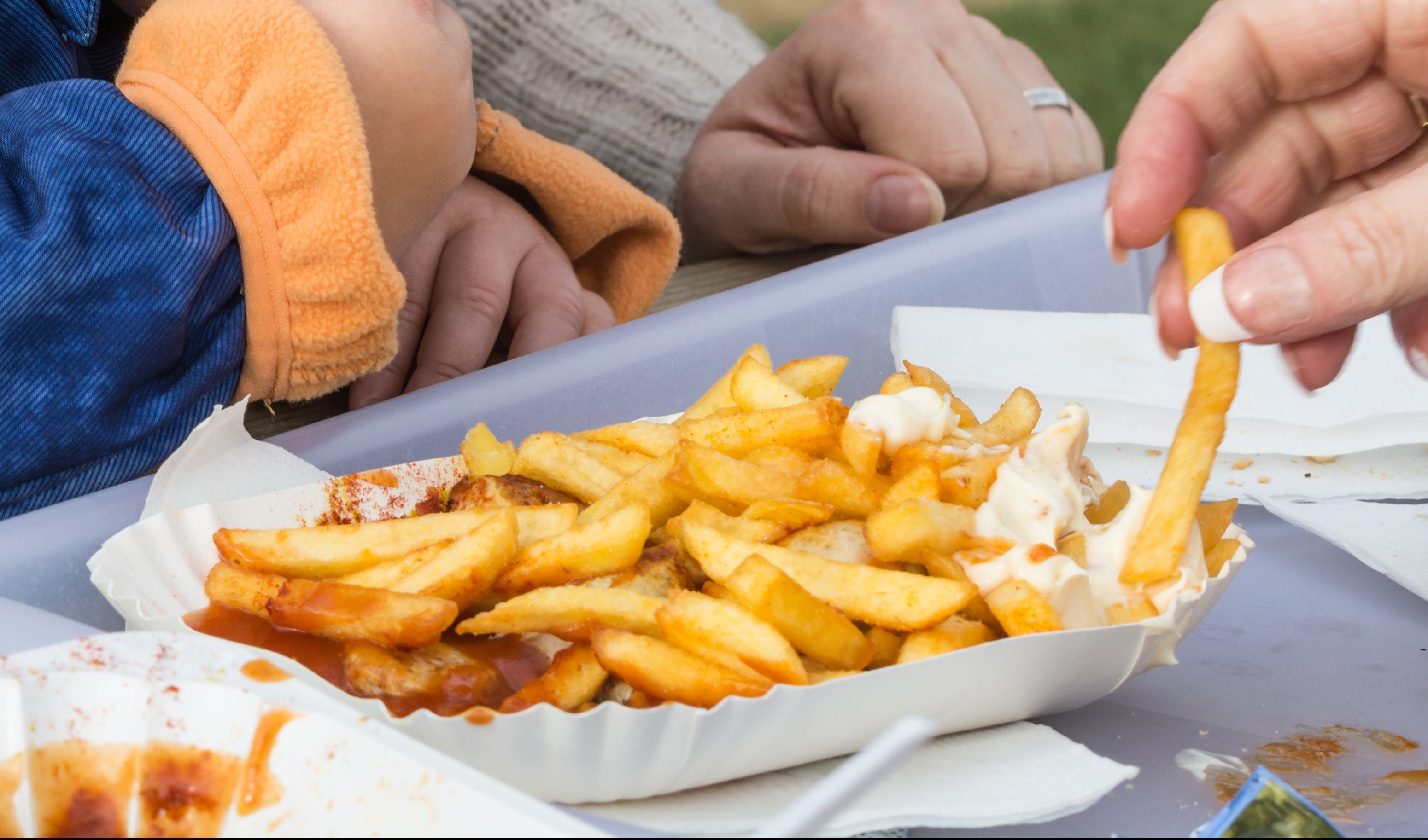 An NHS Health Scotland report found the obesity risk for children is widening (iStock)