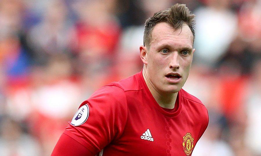 Mourinho: Phil Jones can be my ideal defender