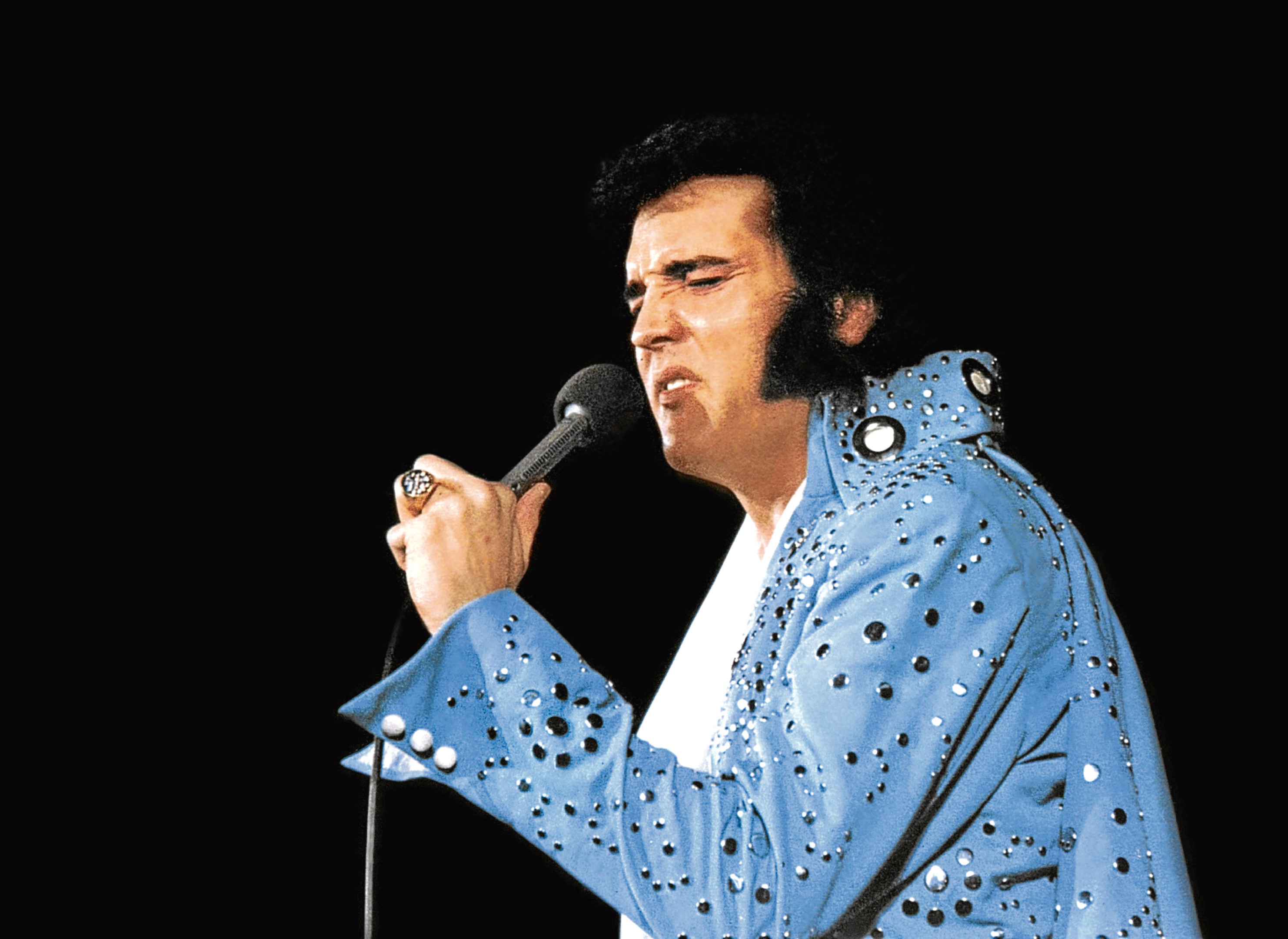 Elvis starring as himself in Elvis On Tour, 1972 (Allstar/MGM)