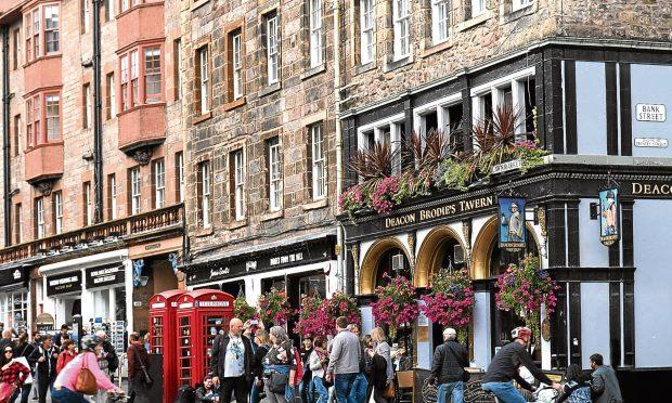 Royal Mile, Edinburgh (iStock)