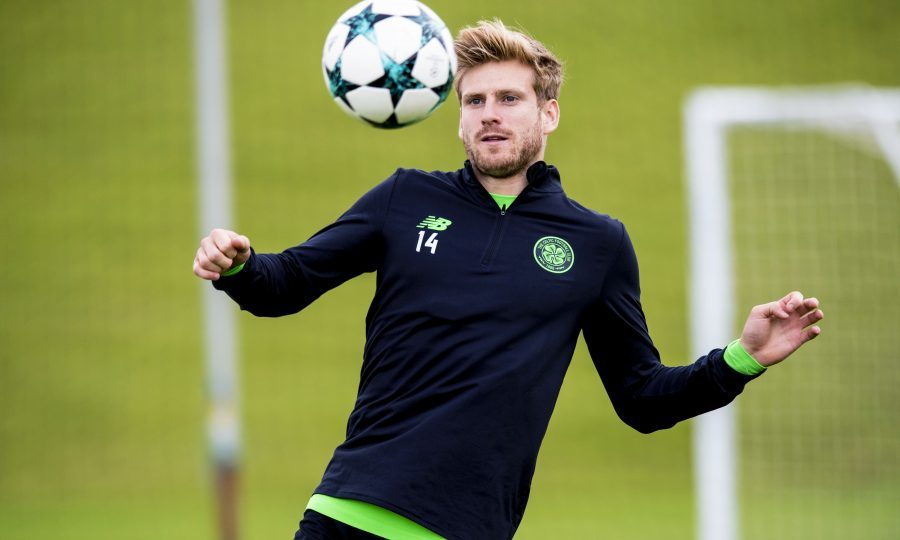 Stuart Armstrong signs new Celtic deal