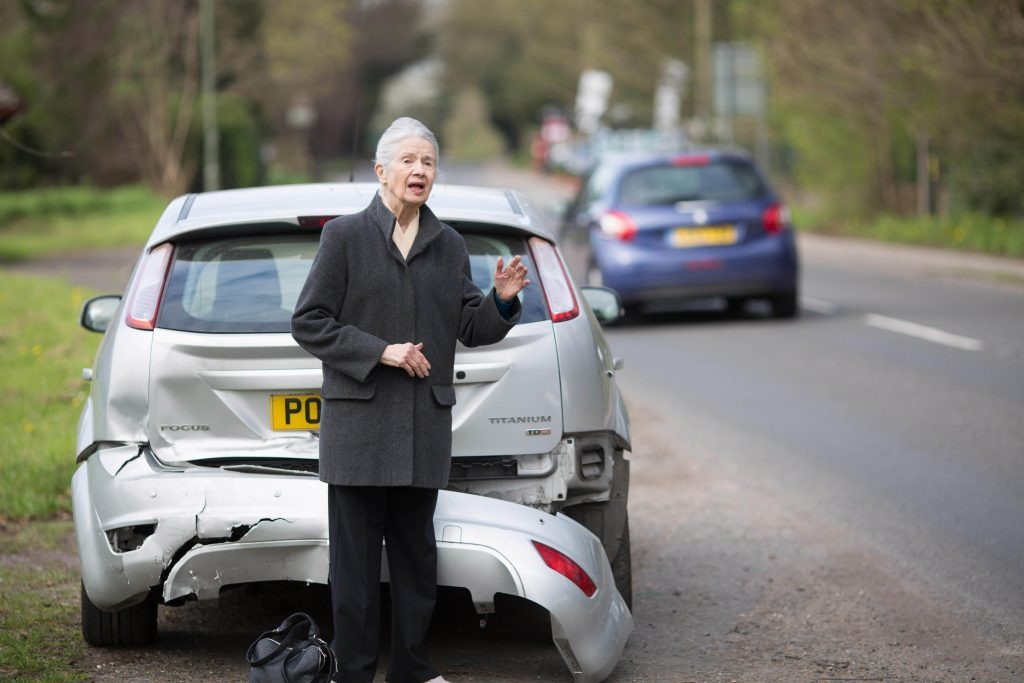 Experiment sees 94% drivers ignore stranded OAP at